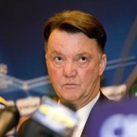 Manchester United, furia Van Gaal: ''Mi avete già esonerato''. E abbandona la sala stampa