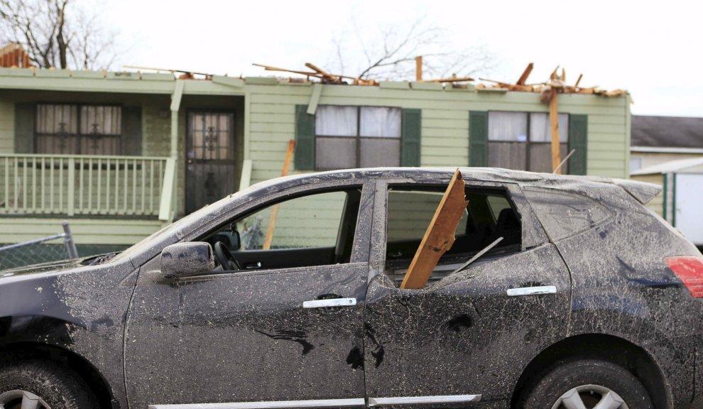 Usa tornado nel sud case scoperchiate e alberi divelti for Case moderne nel sud della california