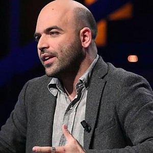 """Saviano al Guardian: """"Capitalismo ha bisogno del narcotraffico"""""""