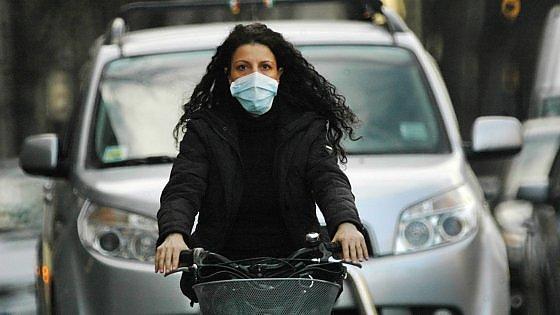 Trasporti su gomma e assenza di vento, ecco perché le città stanno soffocando