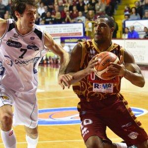 Basket, Trento perde la testa. Venezia alla Final Eight