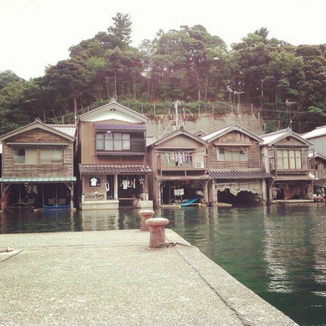 C 39 una venezia in giappone case galleggianti per for Giappone case