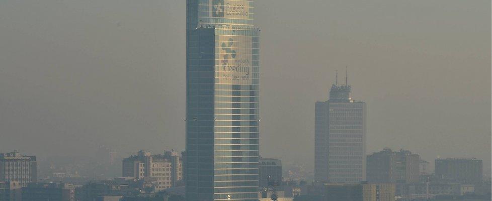Governo-Comuni: due gradi in meno di calore e auto più lente in caso di emergenza smog