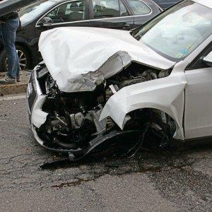 Nel 2015 meno incidenti stradali, ma aumentano le vittime