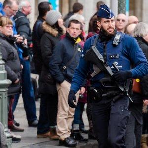 Parigi, a Bruxelles arrestata decima persona legata ad attacchi