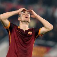 Roma, promessa Dzeko: