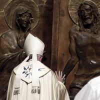 Giubileo, papa Francesco apre la Porta Santa a S. Maria Maggiore