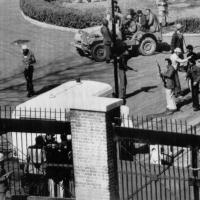 Iran, nel 1979 l'assalto all'ambasciata Usa a Teheran