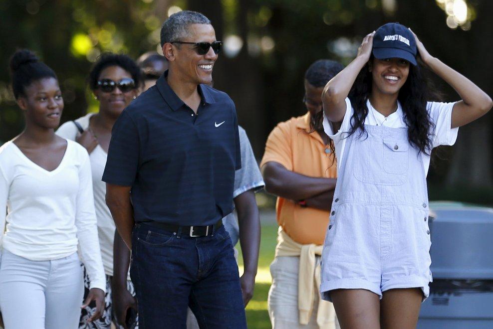 Obama allo zoo con le figlie nell'ultimo giorno di vacanza alle Hawaii