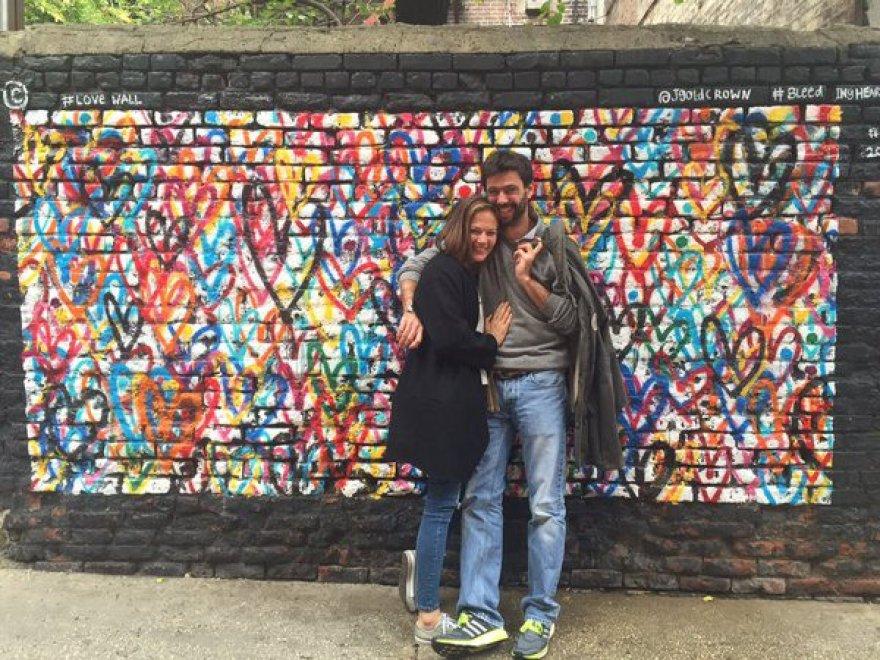 New York, Andrea Agnelli presenta la nuova compagna su Twitter: è l'ex modella Deniz Akalin