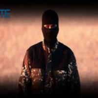 L'Is mostra un altro boia. Cinque giustiziati e attacco a Cameron