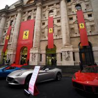 Milano, Piazza Affari si tinge di rosso per la Ferrari