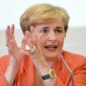 Ilva, firmato il decreto per la cessione: via libera alle manifestazioni di interesse