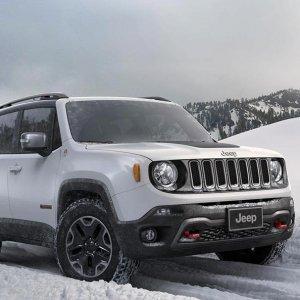 Mercato auto, fine anno boom: a dicembre vendite a più 18,65%