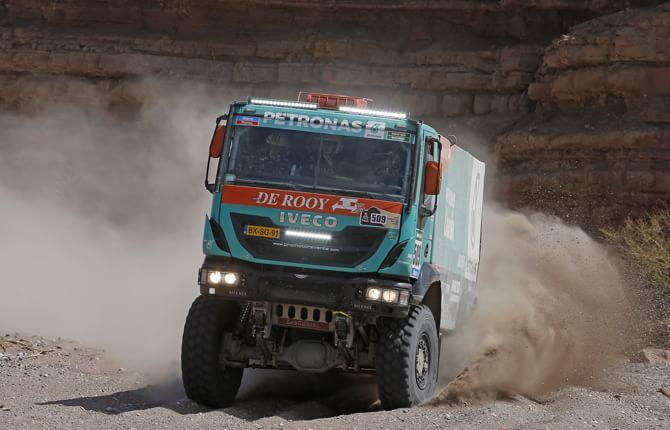 Dakar 2016: c'è anche Iveco