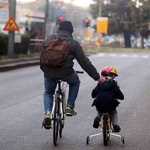 In bicicletta con la polizza contro i pericoli della città