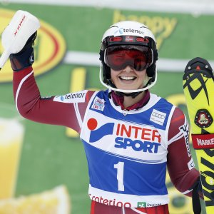 Sci, Coppa del mondo: Loeseth domina slalom Santa Caterina, disastro azzurro