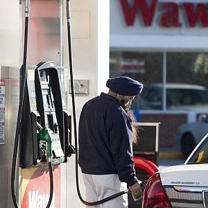Iran-Arabia alla guerra del petrolio: maxi sconti di Riad per l'Europa