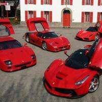 Ferrari si difende a Piazza Affari, mentre Fca affonda