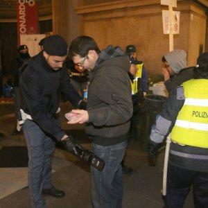 """Terrorismo: """"La paura contagia 8 milioni di italiani"""""""