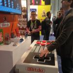 Supermario, passione vintage: il controller Nintendo è gigante