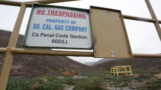 California, stato d'emergenza per fuga di gas: è disastro ecologico
