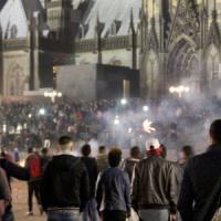 Donne aggredite a Colonia, ministro tedesco: possibili espulsioni dei rifugiati