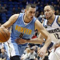 Basket, Nba: Gallinari trascina Denver, San Antonio implacabile in casa