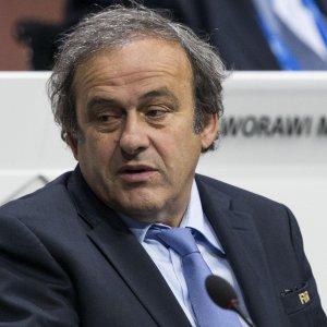 """Fifa, Platini si ritira dalla corsa per la presidenza: """"Ora mi dedicherò solo alla mia difesa"""""""