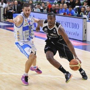 Basket, colpo Sassari: arriva il bomber Mitchell