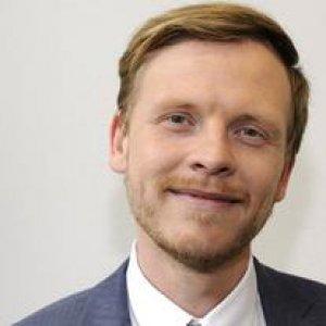 """Markus Gabriel: """"Nessuno scontro fra culture sono solo criminali"""""""