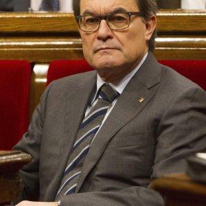Catalogna, accordo tra indipendentisti per formare il nuovo governo