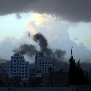 Yemen, missile su ospedale Msf: almeno tre morti e dieci feriti
