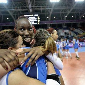 Volley donne: Paola Egonu, la ragazzina 'terribile' a cui si attacca l'Italia verso Rio