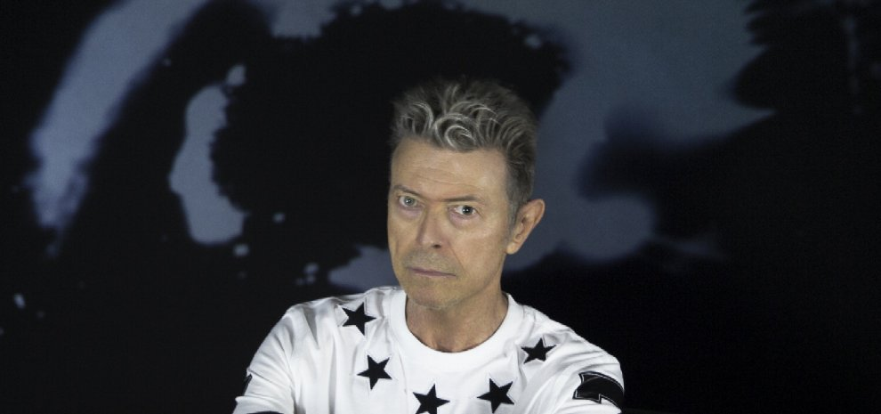 È morto David Bowie, il trasformista del rock
