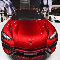 Lamborghini indenne agli scandali: 1 mld di euro per Sant'Agata Bolognese
