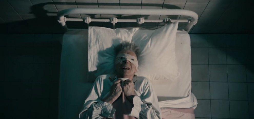 David Bowie, la stella nera del rock che ha trasformato la propria morte in arte
