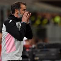 Palermo, esonerato Ballardini: squadra alla coppia Schelotto-Viviani