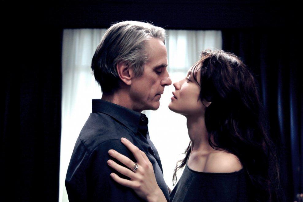 """""""La corrispondenza, l'amore secondo Tornatore: """"Un sentimento che non conosce ostacoli"""""""