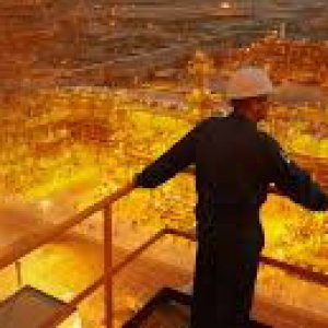 Petrolio ai minimi, sceicchi costretti a quotare gioiellino Aramco