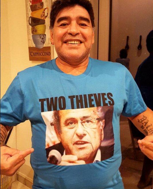 """""""Due Ladri"""": l'attacco social di Maradona a Blatter e Platini"""