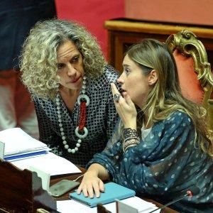 """Unioni civili, nuovo rinvio: il Pd ancora diviso. Berlusconi: """"Votiamo no"""""""
