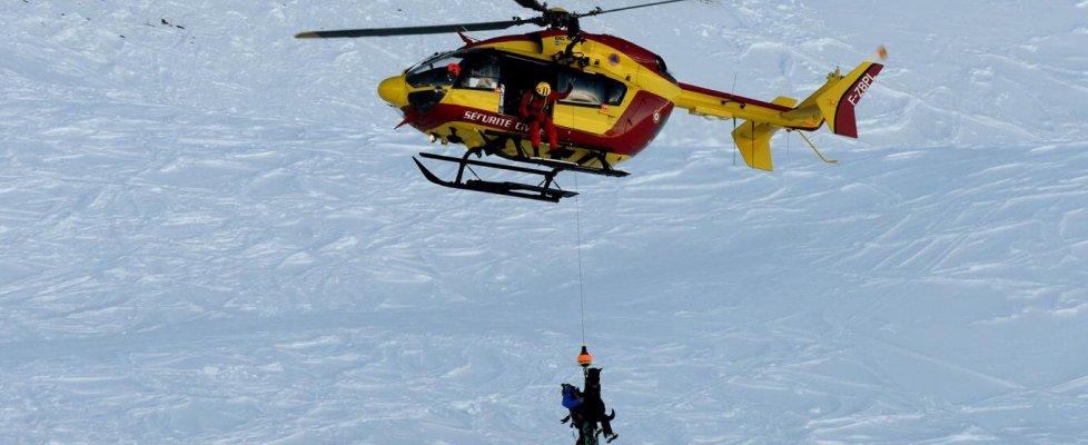 Valanga travolge studenti sulle Alpi francesi: tre morti e tre feriti
