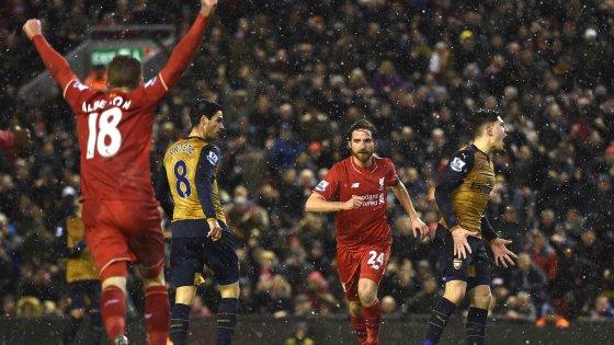 Inghilterra, pari in Liverpool-Arsenal. E Ranieri torna in vetta