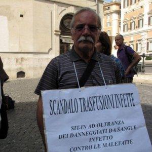 Sangue infetto, la Corte Europea dei diritti umani : risarcire 350 cittadini
