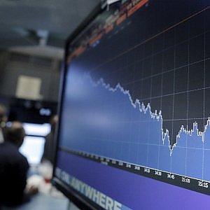 Borse europee a picco, Milano chiude a -3%, male anche Wall Street: preoccupa la Cina