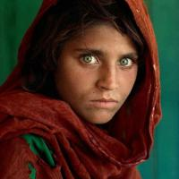All'asta la foto del secolo: la ragazza afgana di McCurry