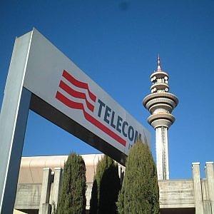 Vivendi sotto le feste compra un altro 0,8% di Telecom
