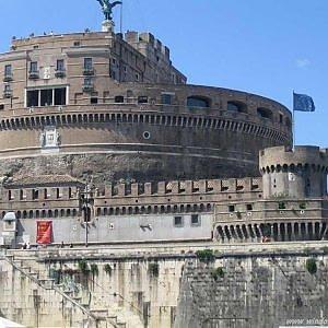 Turismo in ripresa nel 2015 grazie agli italiani