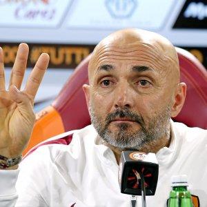 """Roma, grinta Spalletti: """"Una sola strada, vincere subito"""""""